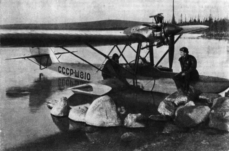 В 30-е годы гидросамолеты Ш-2 широко применялись в летных школах и...
